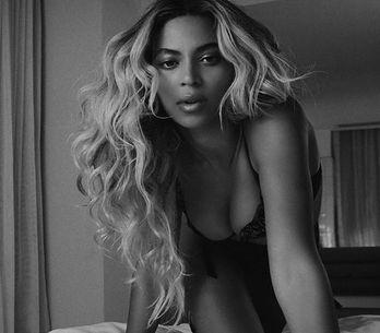 Desata tu sensualidad: las 15 mejores canciones para hacer un striptease perfect