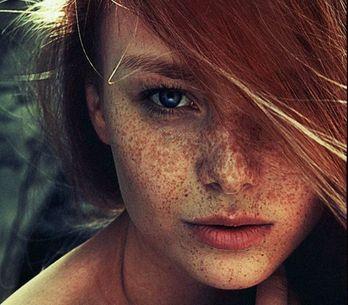25 photos qui prouvent que les taches de rousseur sont un must-have beauté