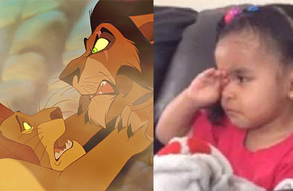 Face à la mort de Mufasa dans le Roi Lion, cette enfant a du mal à retenir ses larmes (Vidéo)
