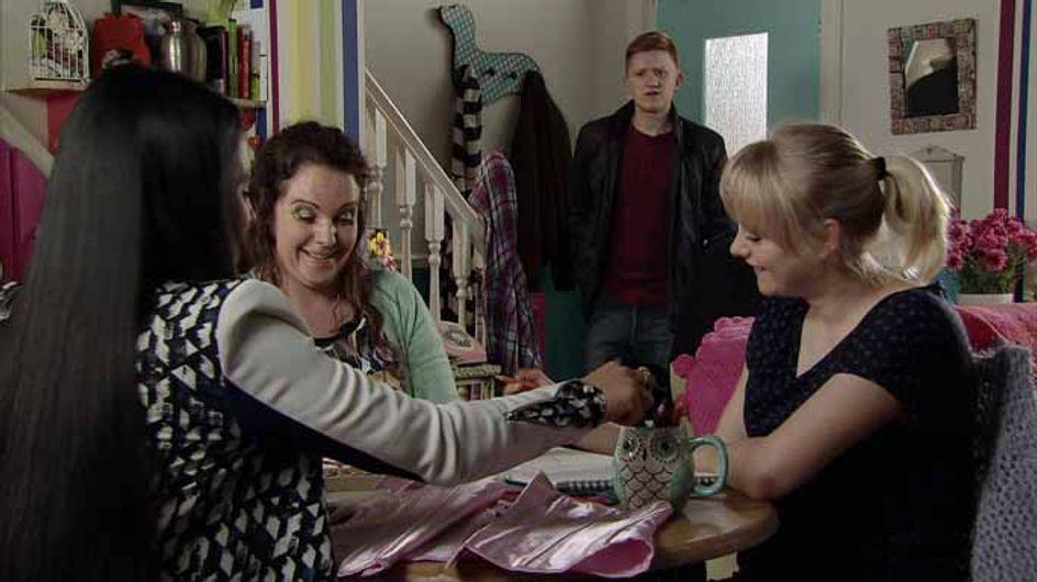 Coronation Street 29/04 - Nick uncovers Sarah and Callum's secret