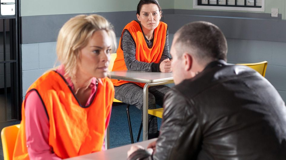 Hollyoaks 29/04 - A new cell mate threatens to make life difficult for Grace