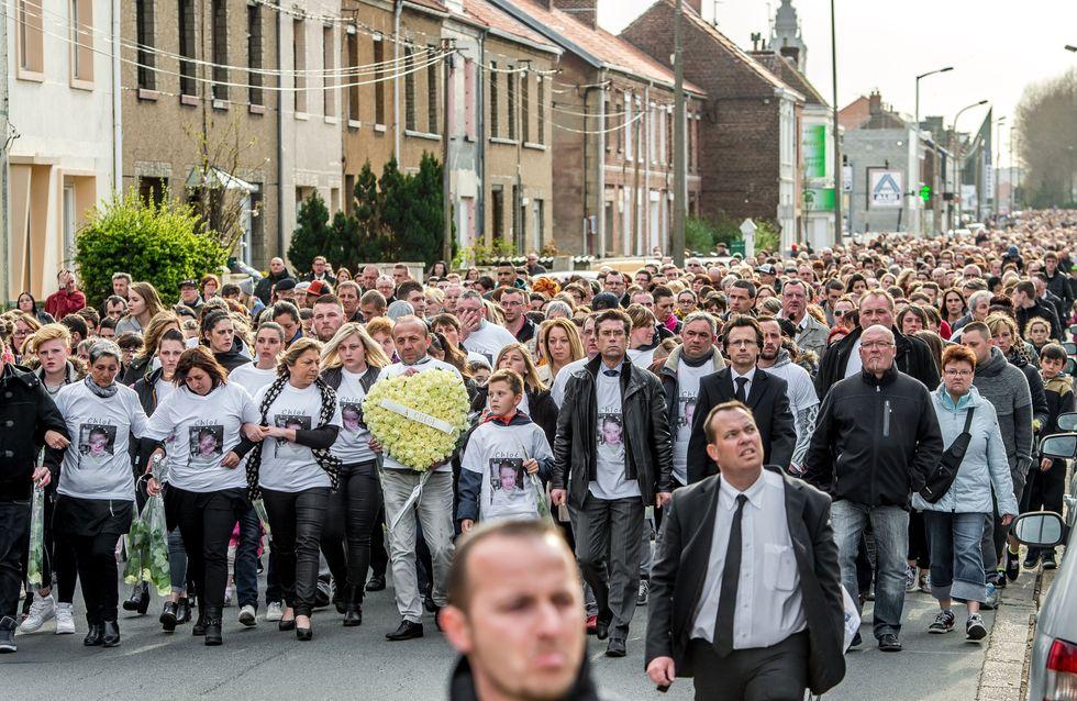 5000 personnes rendent hommage à la petite Chloé à Calais
