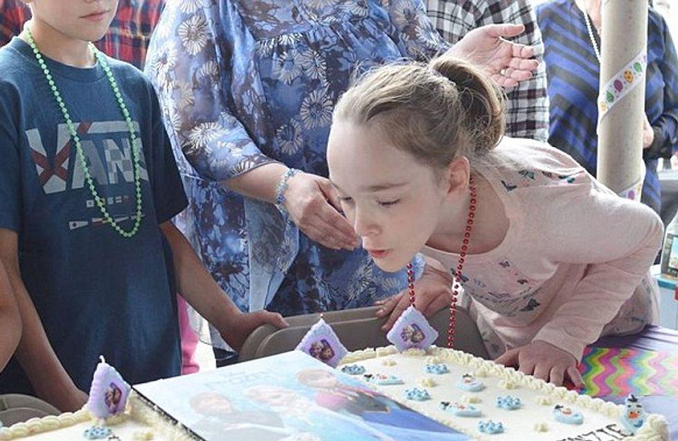 Cette enfant, atteinte du syndrome de Sotos, ne pouvait rêver mieux pour son anniversaire (Vidéo)