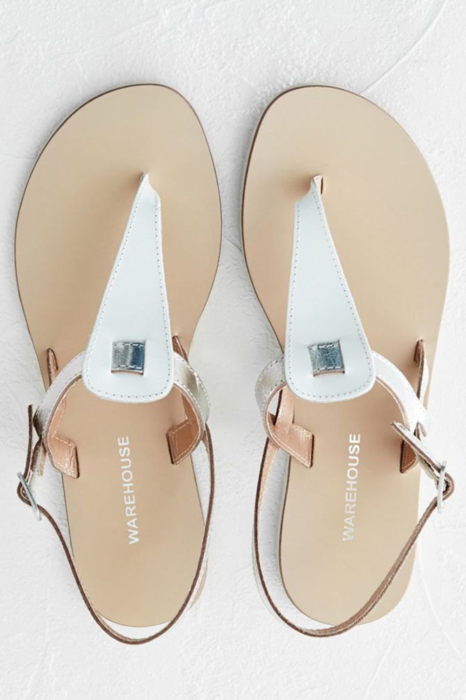 25 Summer Flats To Fall In Love With