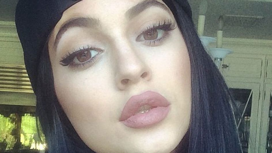 12 Pictures That Show Kylie Jenner Lips are SO not worth it