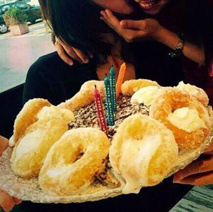 Ambra festeggia con Jolanda il suo 38° compleanno