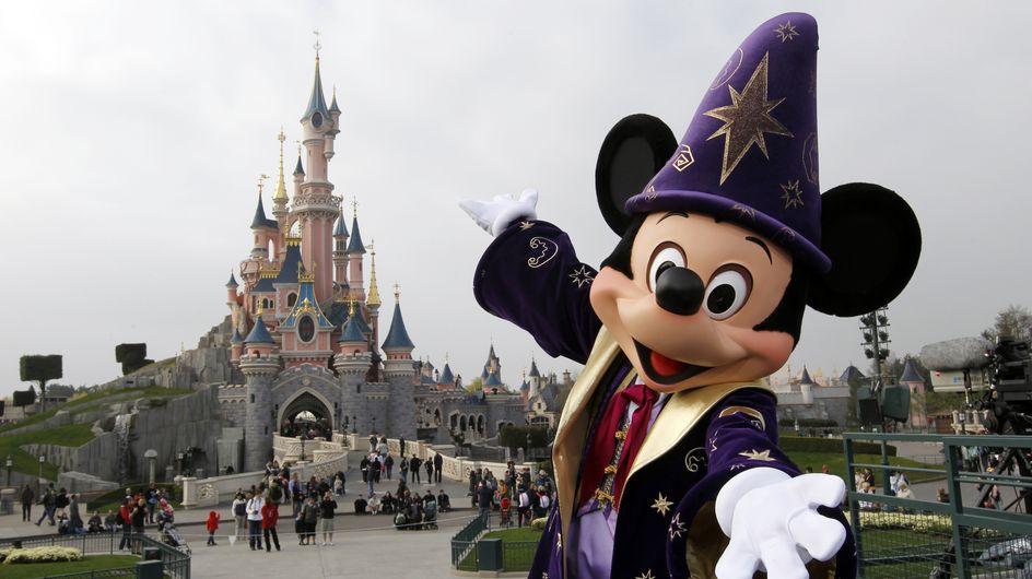 10 trucs qui t'arrivent TOUJOURS à Disneyland Paris