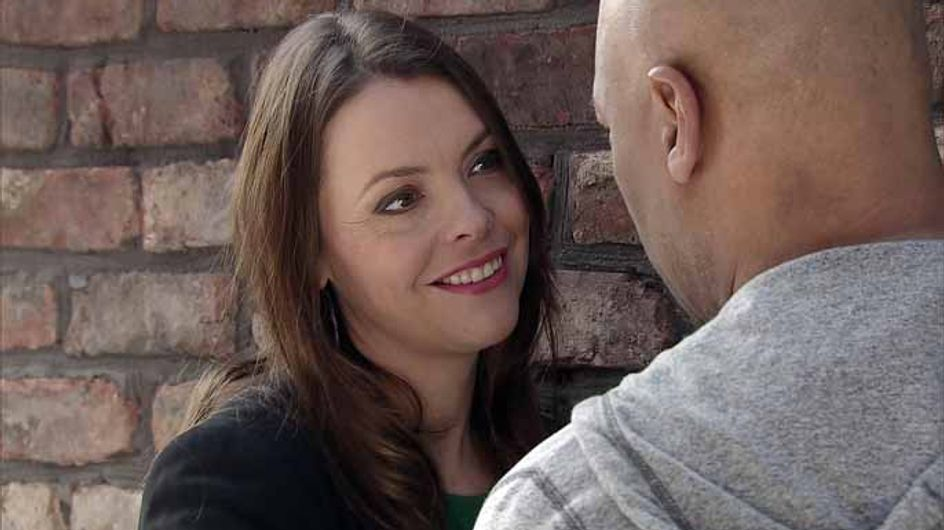 Coronation Street 08/05 - Max takes flight from a desperate David