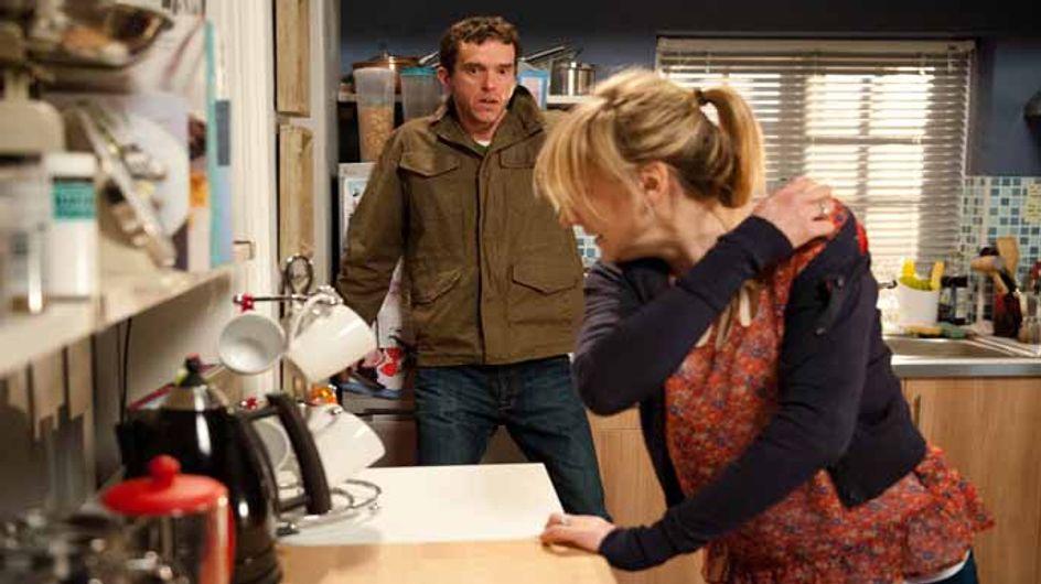 Emmerdale 04/05 - Cain tells Marlon to walk away