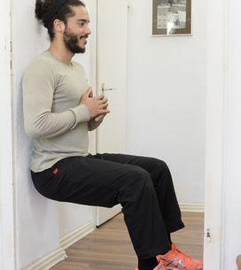 Für straffe Beine und einen knackigen Po: Der Wandsitz