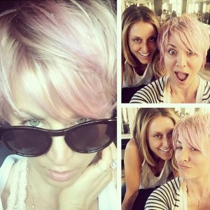 Kaley Cuoco et ses cheveux roses