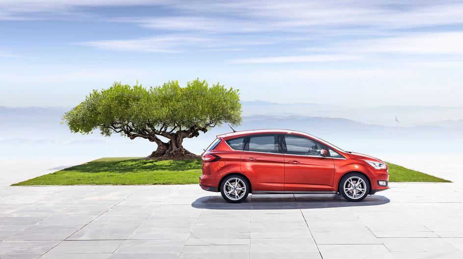 Cuéntanos las mentirijillas que dices a tus hijos para salirte con la tuya y gana un viaje a PortAventura con el Nuevo Ford C-MAX