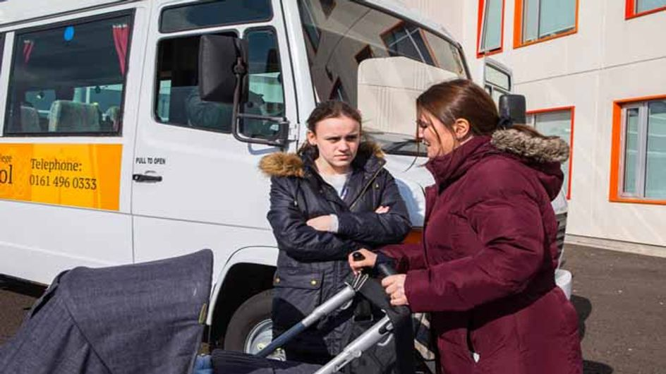 Coronation Street 15/05 - Faye's left holding the baby