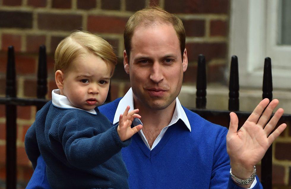 Baby George à la maternité pour rencontrer sa petite sœur (Photos)