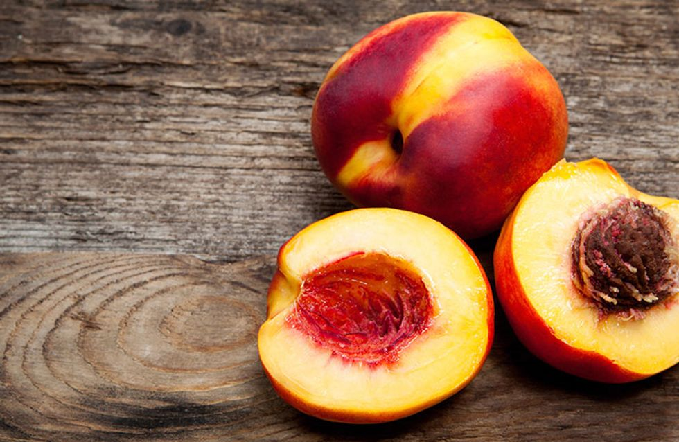 Sweet, Juicy & Delicious: 7 OMG Health Benefits of Peaches