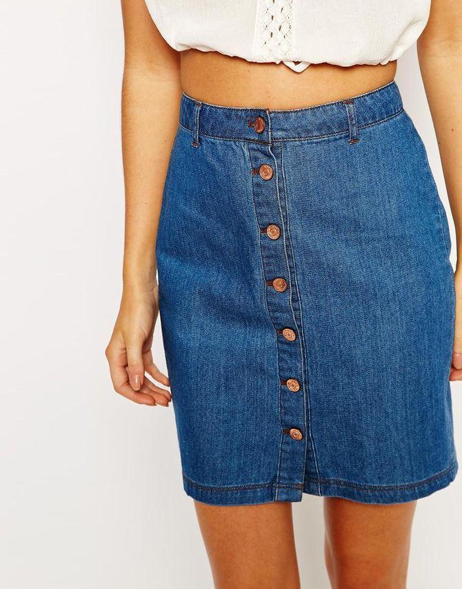 Jupe en jean boutonnée ASOS 29,99 €