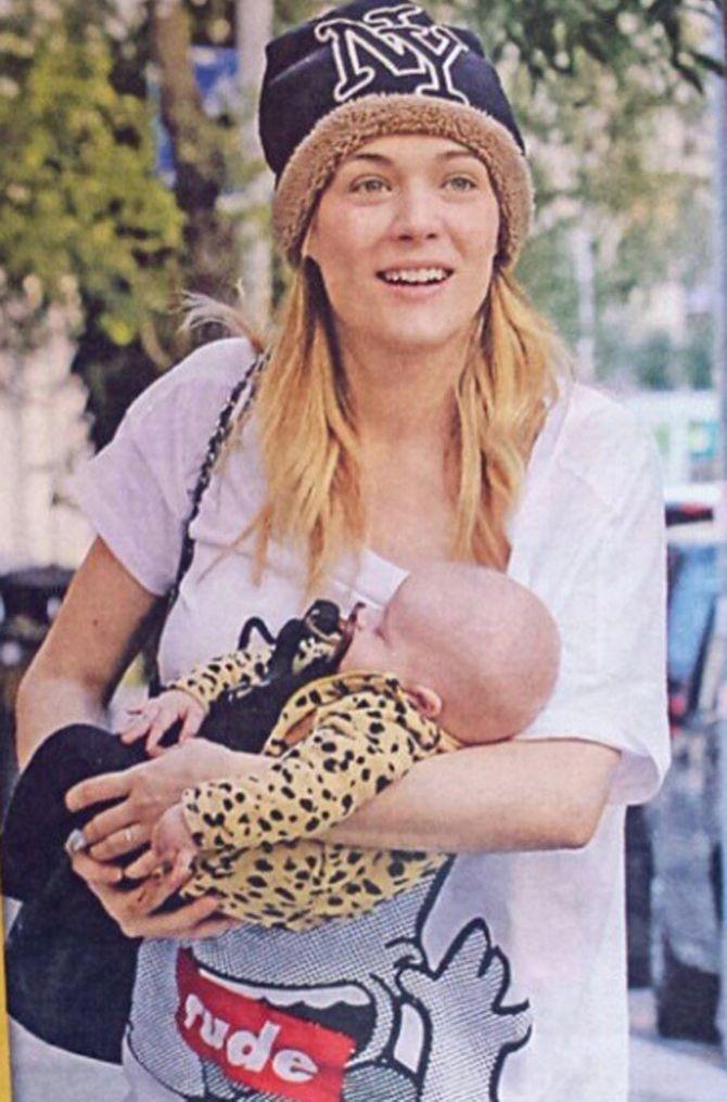 Laura Chiatti con il figlio Enea
