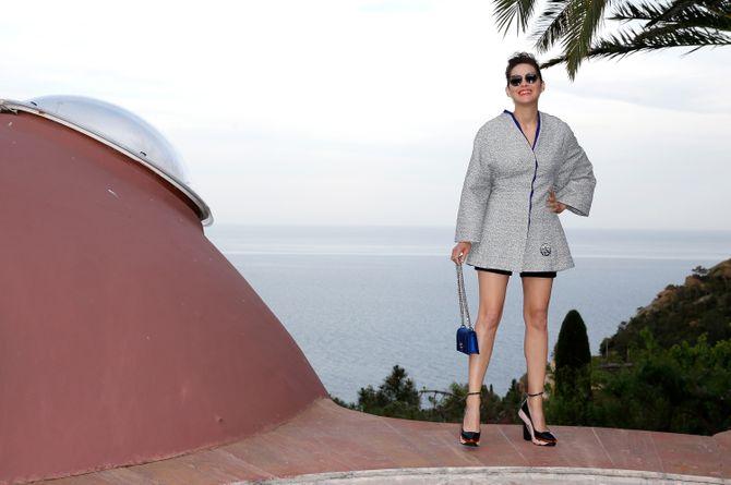 Marion Cotillard et ses lunettes Dior
