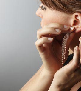 Porter des boucles d'oreilles en toute beauté