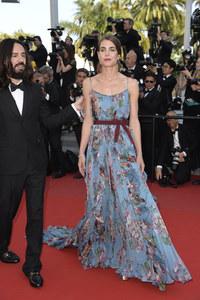 Il look sfoggiato da Charlotte Casiraghi a Cannes