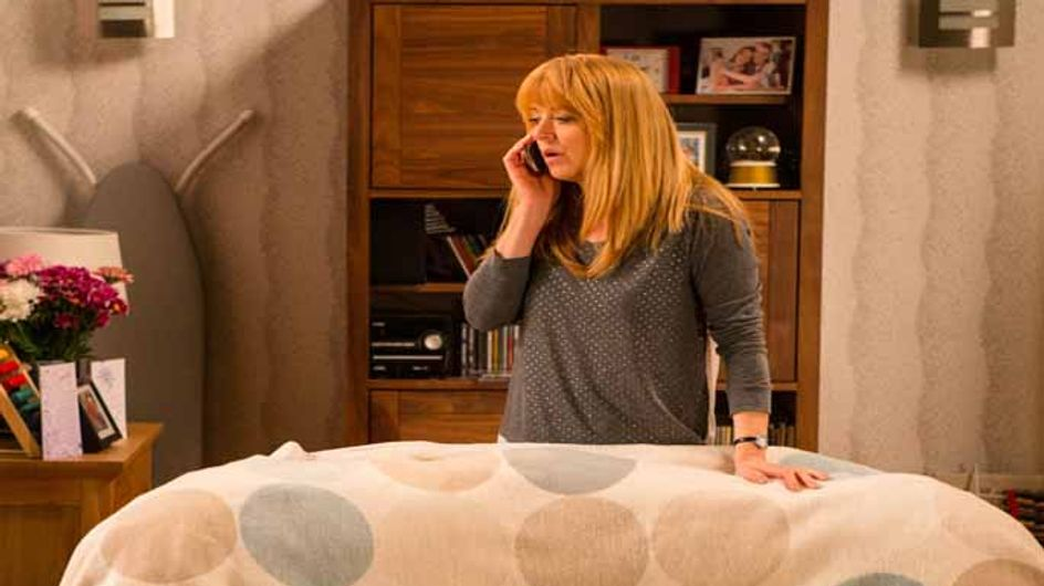 Coronation Street 25/05 - Tracy drops her bombshell on Liz