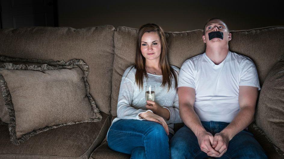 18 Probleme, die nur Frauen verstehen, die süchtig nach Serien sind