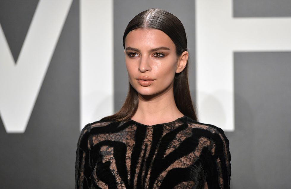 Emily Ratajkowski très sexy pour Sports Illustrated