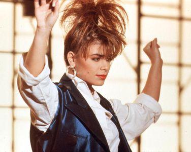 "Paula Badul dans son vidéo ""Forever Your Girl"", 1988"
