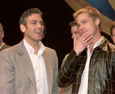 Brad Pitt et George Clooney (2001)