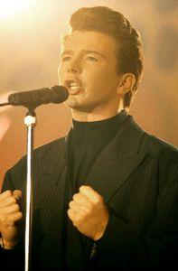 Rick Astley au Montreux Rock Festival en 1987