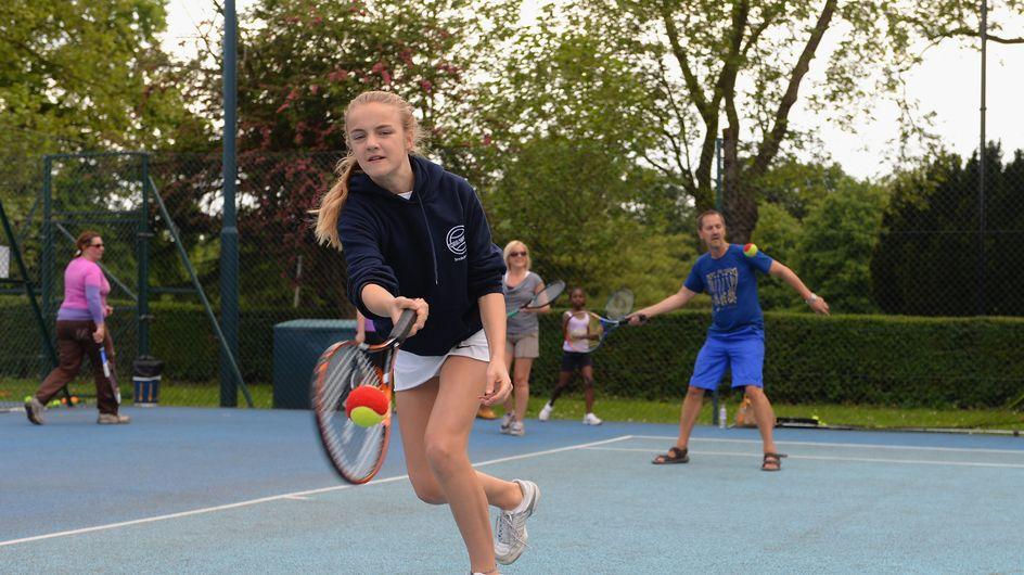 Les clubs de tennis ouvrent leurs portes aux enfants autistes