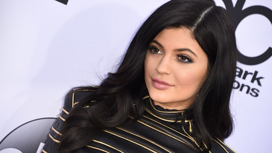 Shooting très sexy pour Kylie Jenner (Photos)