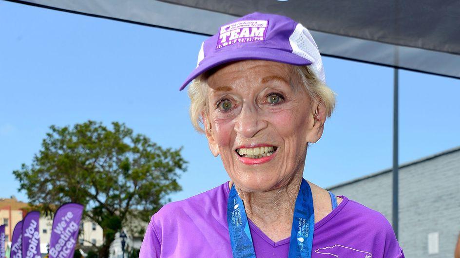 A 92 ans, elle termine le marathon de San Diego en 7 heures
