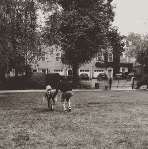 David Beckham appren le vélo à Harper