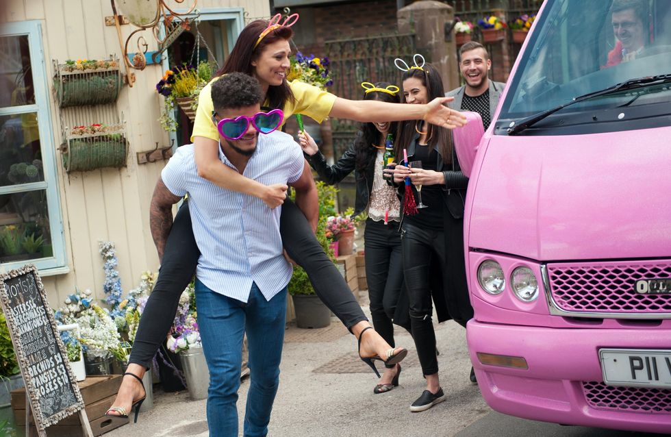 Hollyoaks 11/06 - Porsche continues to drink her problems away