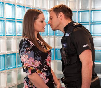 Hollyoaks 10/06 - ​Porsche is off the rails