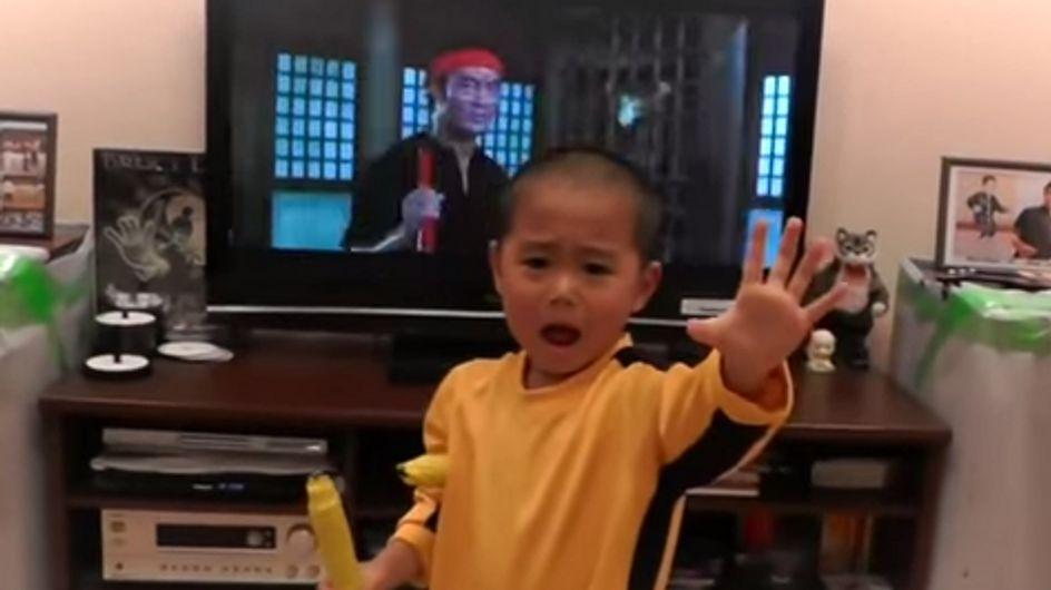 [Vídeo] Un niño de 4 años imita a la perfección a Bruce Lee