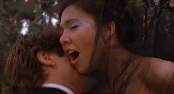 Scena tratta dal film Secretary (2002)