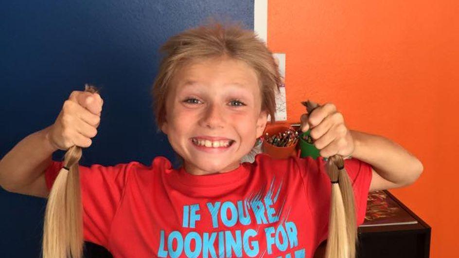 Ce petit garçon a laissé pousser ses cheveux pour aider les enfants malades