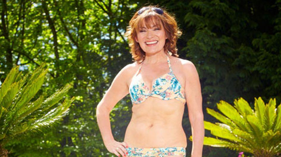 A 55 ans, elle pose en bikini et refuse d'être photoshoppée