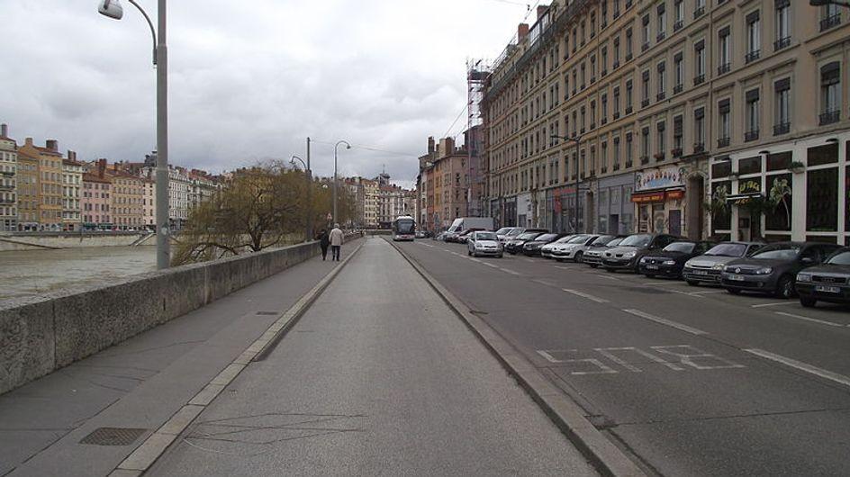 A Lyon, 4 hommes poignardés pour avoir voulu sauver une femme