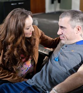 Hollyoaks 18/06 - Mercedes urges Robbie to stop Joe going to the police