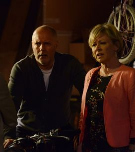 Eastenders 18/06 - It's a night of revelations in Albert Square