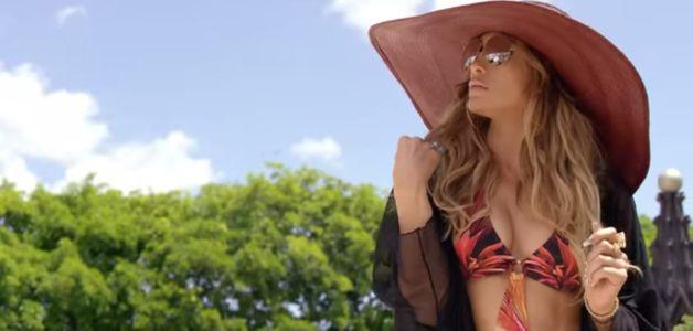 Jennifer Lopez sexy dans un clip