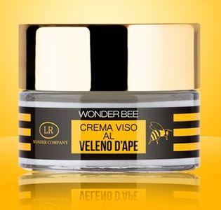 WonderBee Crema viso ha un'azione antietà, rigenerante e tonificante. In più ha un profumo delizioso. 39 € nelle migliori farmacie