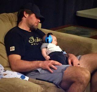 Mike Fisher, le mari de Carrie Underwood, et leur fils