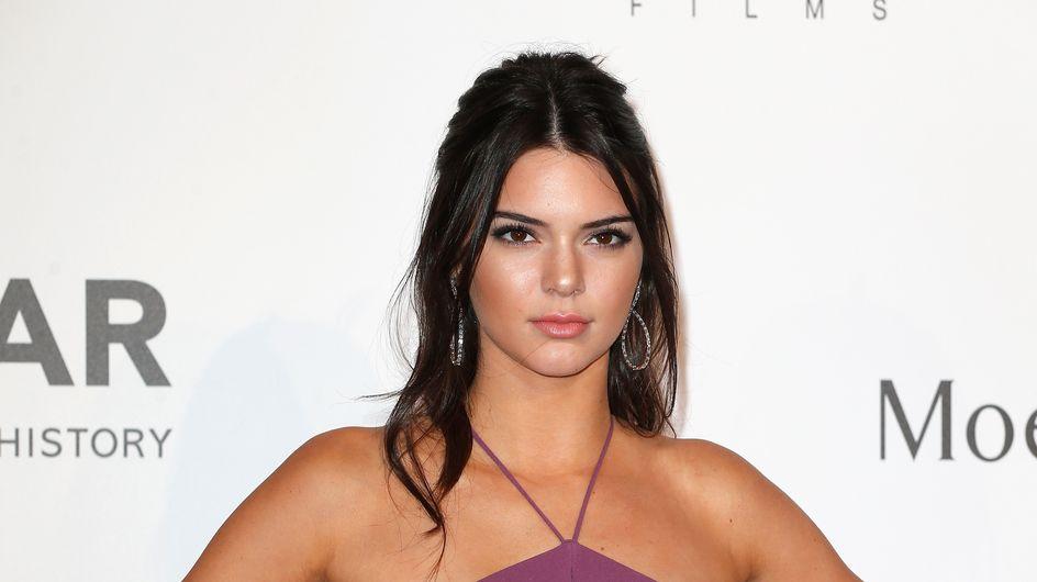 Kendall Jenner élégante en rouge pour Estée Lauder (Vidéo)