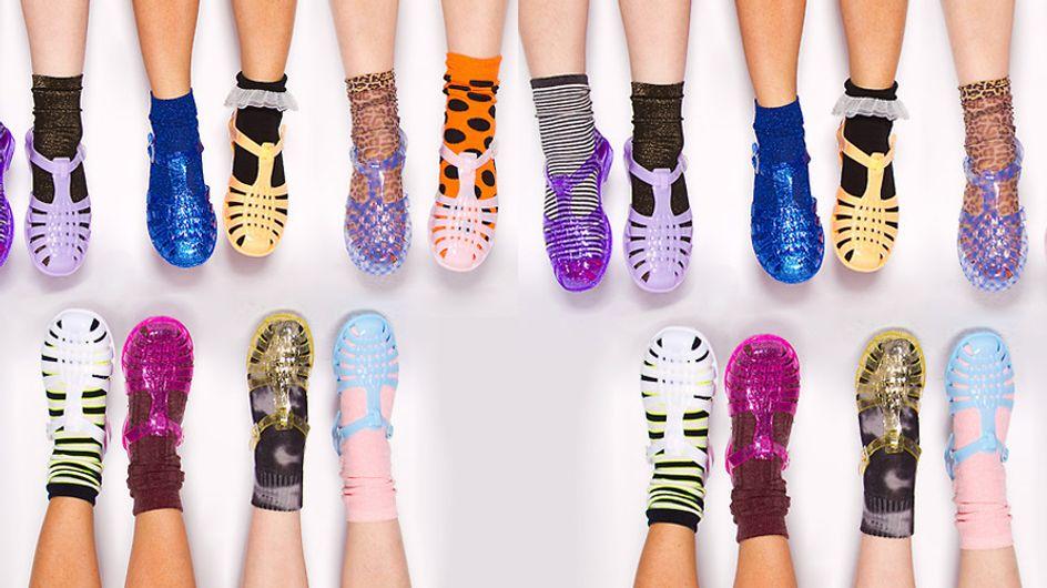 Jelly shoes mania. 25 modi per indossare i sandali di gomma e tornare bambina