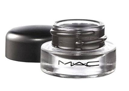 Delineador em gel MAC fluidline R$ 66