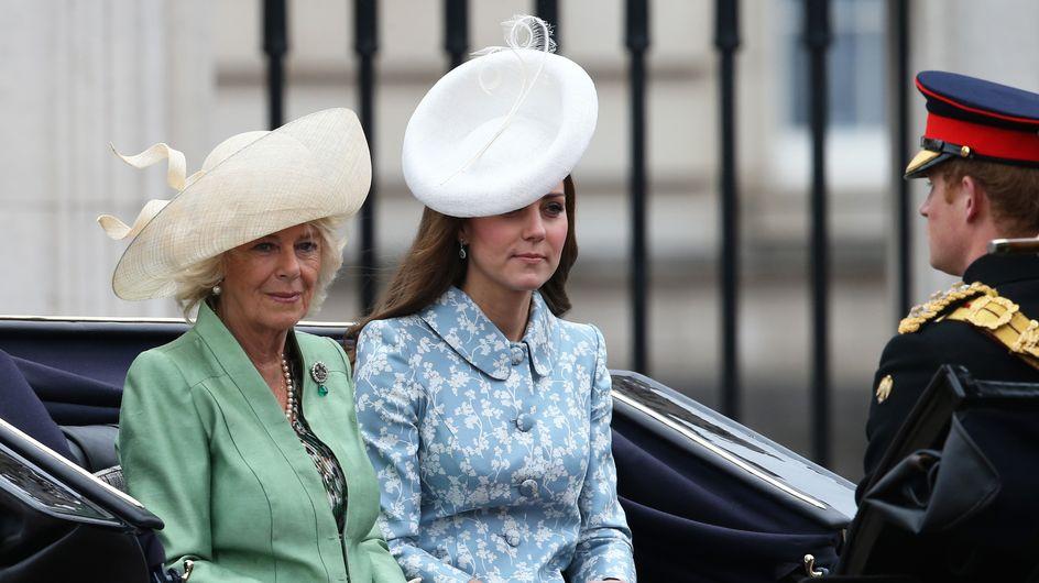 Kate Middleton, resplendissante lors de sa première sortie depuis la naissance de sa fille (Photos)